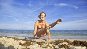 kino yoga by the Beach